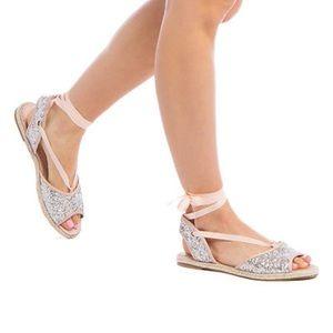 Shoedazzle - Libbie glitter flat sandals -NWT